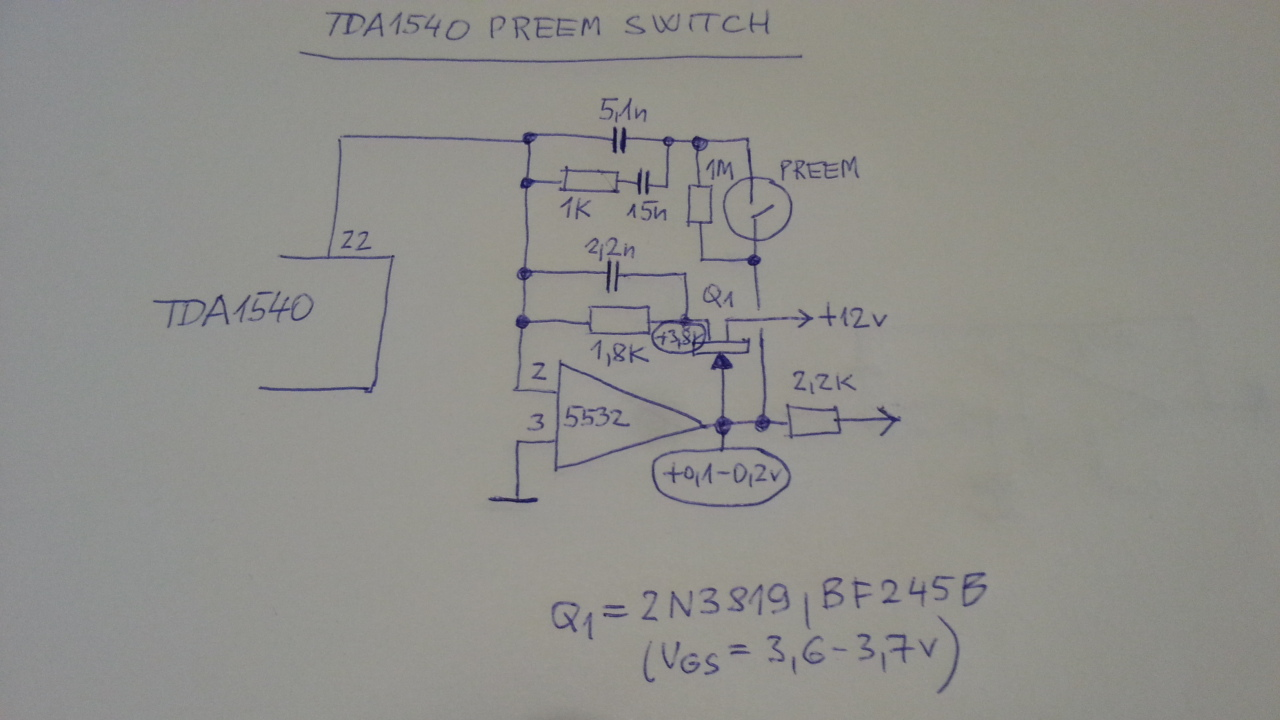 Philips_CD100_preem_phase_switch.jpg