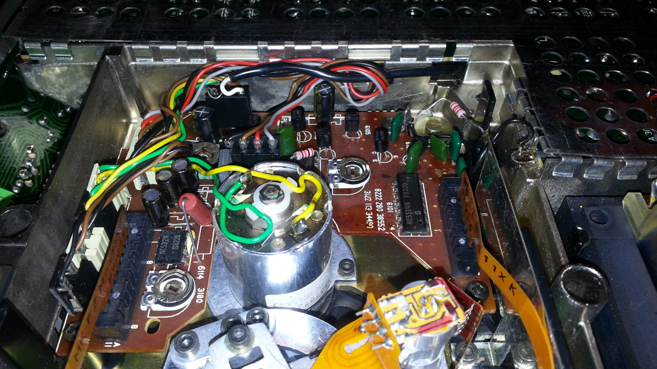 Philips_CD100_laser_pcb_mod.jpg